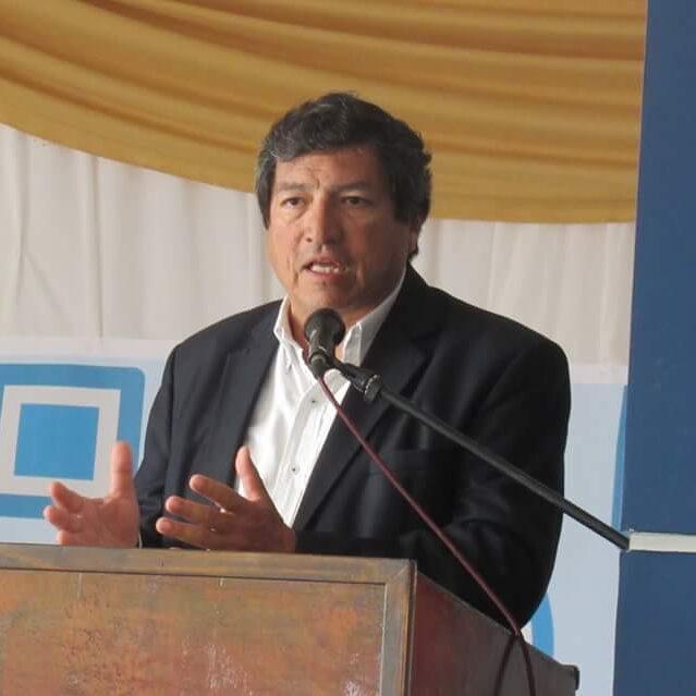 """Julio Aráoz: """"Hay una inversión muy fuerte en salud y en la generación de capacidades locales"""""""